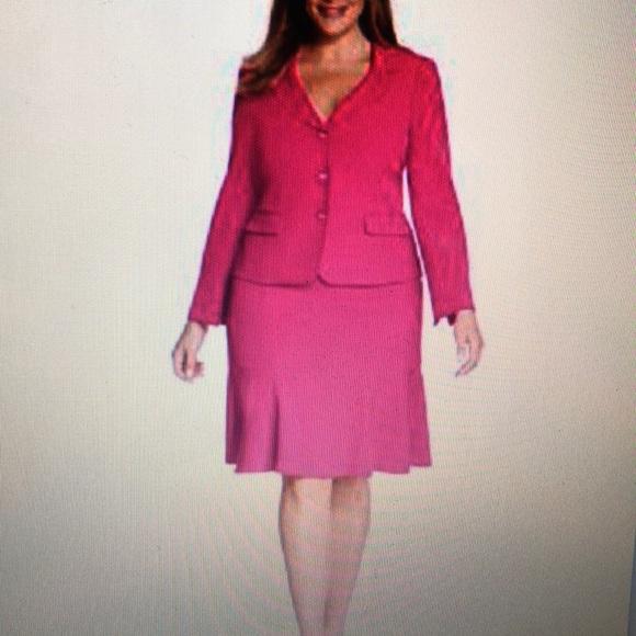 c10324ede70 Kasper Plus Size Three-Button Skirt Suit